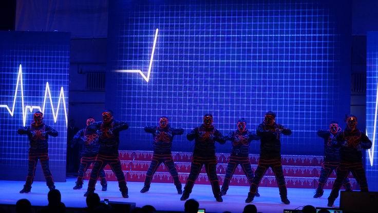 调整大小 水电集团冲填公司表演街舞.JPG