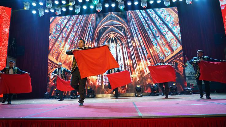 调整大小 1、第一分公司表演舞蹈《西班牙斗牛士》.JPG