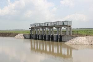 调整大小 东湿地分洪闸.JPG